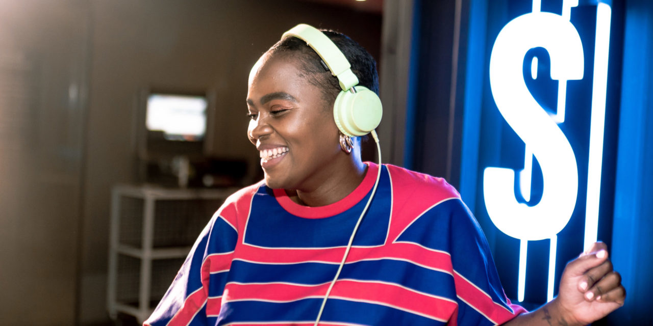The DJ Series: 5 Minutes with LoveslavePhola